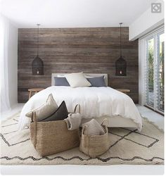 Wooden wall gives an outdoor feeling