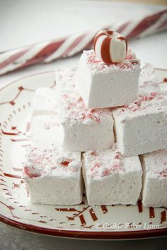 Peppermint Marshmallows adapted from Ina Garten's Barefoot Contessa Family Style cookbook | Cookie Baker Lynn {Holiday Baking}