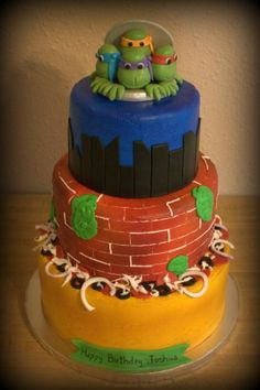 Ninja Turtle Cake - Buttercream with fondant accents