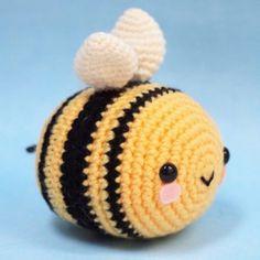 Little High Flyer Bumble Bee Amigurumi Pattern