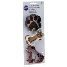 Walmart: Wilton Pet 3-Piece Cookie Cutter Set for paws