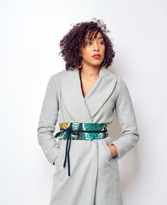 Ceinture réversible en pagne africain (wax) et simili cuir par Doranels pour Afrikrea. https://www.afrikrea.com/article/ceinture-reversible-en-pagne-africain-wax-et-simili-cuir-ceintures-multicolore-pour-elle-similicuir-wax/7K1KSNW?utm_content=bufferf0f90&utm_medium=social&utm_source=pinterest.com&utm_campaign=buffer