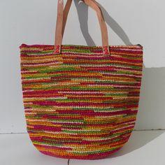 729b8b007dd534 19 meilleures images du tableau sacs,cabas,paniers,raphia,crochet ...