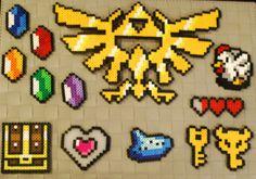 Legend of Zelda Perler beads Perler Bead Templates, Pearler Bead Patterns, Diy Perler Beads, Perler Patterns, Pearler Beads, Pixel Art Objet, Perler Bead Mario, Modele Pixel Art, Pixel Beads