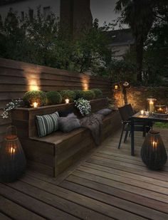 Outdoor lighting ideas for backyard, patios, garage. Diy outdoor lighting for front of house, backyard garden lighting for a party Outdoor Rooms, Small Backyard, Backyard Design, Patio Design, Exterior Design, Garden Seating, Backyard Lighting, Outdoor Design