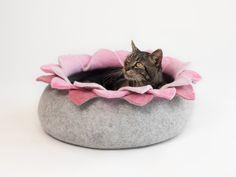 Handmade felt cat bed from merino wool. Size M: diameter height Size L: diameter Handmade felt cat bed from merino wool. Bed Rug, Cat Mat, Felt Cat, Pet Treats, Buy A Cat, Grey Cats, Cat Furniture, Handmade Felt, Diy Stuffed Animals