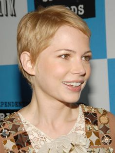 The 38 Most Iconic Pixie Cuts of All Time: MICHELLE WILLIAMS: At the Independent Spirit Awards, 2007. It's official: Michelle looks EVEN cuter with short hair.