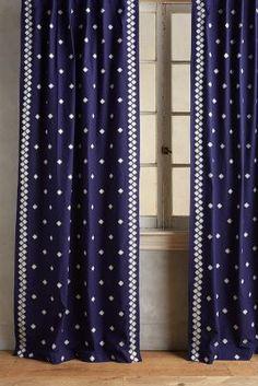 Sindri Curtain