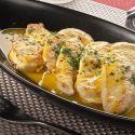 Filetes de pollo a la naranja, una receta de pollo a la plancha con una salsa de zumo de naranja y nuez moscada. Plato elaborado por Bruno Oteiza.