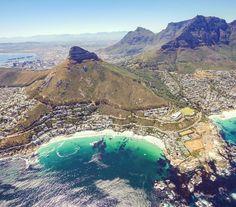 Absolutes MUST DO in Südafrika: Hubschrauber Rundflug über Kapstadt Wir waren gegen Ende unserer 3-wöchigen Südafrika Rundreise in Kapstadt und der Hubschrauber Rundflug über Kapstadt mit NAC Helicopters Cape Town war ein krönender Abschluss unserer Kapstadt Tour. Und