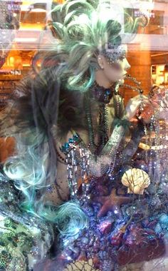 Amazing mermaid mannequins inside Harrods window display, London. Shop Window Displays, Display Windows, Mannequin Art, Mermaid Art, Pin Up Style, Costumes For Women, Art And Architecture, Harrods, Installation Art
