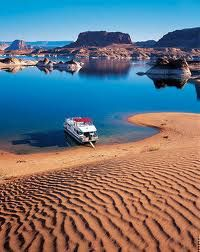 Lake Powell, Colorado River, straddling the border between Utah and Arizona Arches Nationalpark, Yellowstone Nationalpark, Great Places, Places To See, Beautiful Places, North Cascades, Utah, Great Smoky Mountains, Death Valley