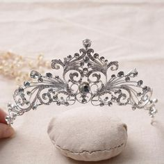 HG056 Woman Rhinestone Tiara Bridal Wedding Crown Pageant