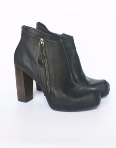 COCLICO LUCILLE BOOTIES 36.5 Black Leather Wood Heel Hidden Platform Ankle Boots #Coclico #AnkleBoots #Any