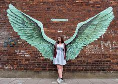 Graffiti tour of Liverpool - the stunning street art in the city Murals Street Art, Graffiti Murals, Street Art Graffiti, Mural Art, Wall Murals, Angel Wings Art, New York Graffiti, Liverpool Street, Street Signs