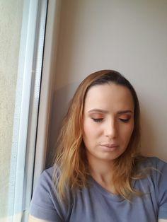 Make-up with T02 Atelier Paris Palette