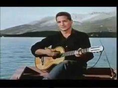 Freddy Quinn - Die Gitarre und das Meer - GassenhauerTV - YouTube