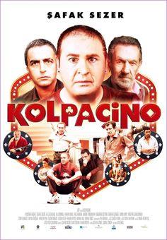 Kolpaçino, son dönem Türk sinemasının parodi-yapımları arasında özgün senaryosuyla öne çıkan yapımlardan. Birbiriyle bağlantılı yedi komik karakterin bir günde başına gelen olağanüstü olayların komik bir şekilde beyazperde'ye yansıtıldığı bu filmde Şafak Sezer, tabiri caizse adeta destan yazıyor. Temposu ve kurgusuyla enteresan bir hikayeye sahip olan Kolpaçino'da Şafak Sezer'in kendine has performansı gerçekten de kaydadeğer.