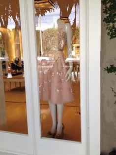 Oscar de la Renta Store / Boutique on Melrose in Los Angeles, CA