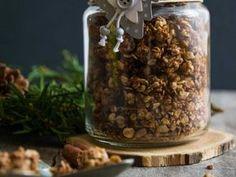 Cukormentes fahéjas granola Granola, Kaja, Health Eating, Bird Feeders, How To Dry Basil, Beans, Sweets, Food And Drink, Vegetables
