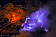 Les mystérieuses flammes bleues d'un volcan indonésien | The Creators Project