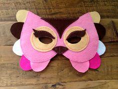 www.planesparapeques.com Máscara del Disfraz de Buho. http://www.planesparapeques.com/2014/10/08/halloween-disfraz-buho/