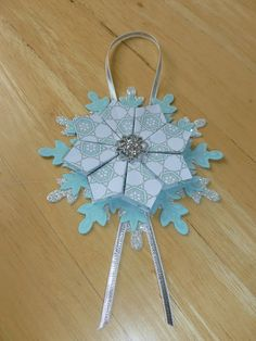 tea bag folded Winter Frost designer series paper, Festive Flurry