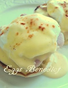 Eggs Benedict - from Joy of Cooking, this is one of the best recipes and directions for hollandaise sauce. What's For Breakfast, Breakfast Dishes, Breakfast Recipes, Good Food, Yummy Food, Sandwiches, The Best, Cooking Recipes, Egg Recipes