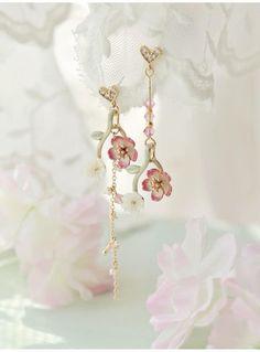 Cute Necklace, Cute Earrings, Flower Earrings, Etsy Earrings, Beautiful Earrings, Ear Jewelry, Cute Jewelry, Jewelery, Magical Jewelry