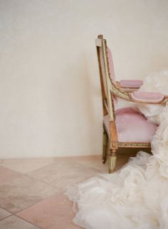 A todo Confetti is under construction Pantone 2016, Boudoir, A Todo Confetti, Tout Rose, Elizabeth Messina, Ivy House, Pink Wedding Dresses, Everything Pink, Color Rosa
