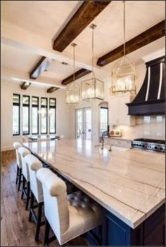 100 Best Farmhouse Kitchen Decor Ideas And Remodel Inspires - Best Ideas to Decorate a Farmhouse Kitchen The kitchen style will probably likely soon undoubtedly be the strategy in case you would like family Modern Farmhouse Kitchens, Farmhouse Kitchen Decor, Home Decor Kitchen, Kitchen Interior, Cool Kitchens, Kitchen Dining, Kitchen Ideas, Farmhouse Style, Kitchen Cabinets