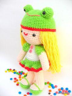 Girl kelly with frog hat amigurumi crochet pattern