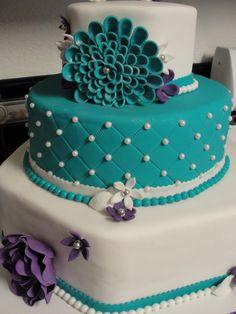 @Ailenne Espinosa Teal Flower Cake