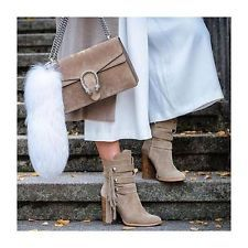 ZARA Woman BNWT Sand High Heel Suede Leather Booties Boots Side Fringe 5102/001  $93.66    End Date:  May-10 14:29   Buy It Now for only: US $93.66  Buy it now    |  http://bayfeeds.com/ebayitem.php?i=172097019292&u=3464&f=3228