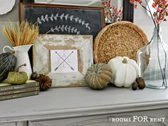 Compass Arrow Printable.  Love the whole vignette though.  #fall