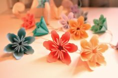 Millalove's Garland of Paper Flowers 2m by millalove on Etsy