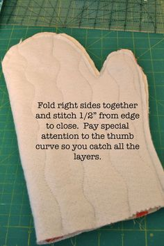Tutorial Oven Mitt - found in a box of gifted fabrics - Gingercake
