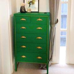 Secretary Desks, Chest Of Drawers, Dresser, Appetizers, Furniture, Home Decor, Drawer Unit, Powder Room, Decoration Home