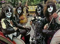 Kiss-Poster-1977-6.jpg 500×368 pixels