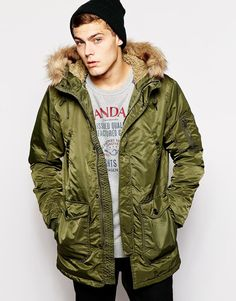 I feel like parka's are a jacket most men would wear, but one they can never commit to actually buying. I'm one of them. Take action for the guy in your life and give him the Jack & Jones Parka With Fleece Lining & Faux Fur Hood   $170.55 (free shipping) from ASOS #mensholidaygifts #mensfashion #thenatty #nattyguy