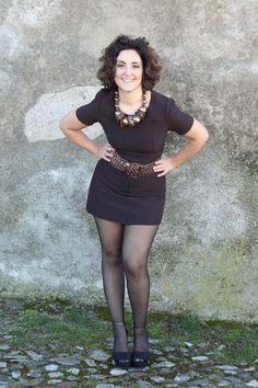 curvy blogger vintage 60s mini dress