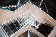 Amazing views with stairs in all glass Staircase Design, Stair Design, Glass Stairs, Stairways, Louvre, Building, Basement, Home Decor, Amazing