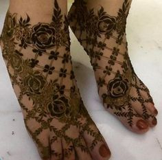 Attractive and Elegant Feet Mehndi Designs - Kurti Blouse Henna Hand Designs, Dulhan Mehndi Designs, Mehndi Designs Finger, Khafif Mehndi Design, Rose Mehndi Designs, Latest Bridal Mehndi Designs, Modern Mehndi Designs, Mehndi Design Pictures, Mehndi Designs For Girls