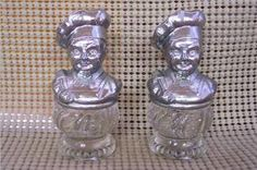 Another set of salt & pepper shakers for my collection that I would love to find.
