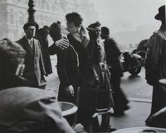 Vintage kiss on the road