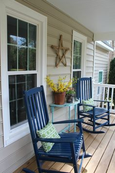 Farmhouse spring front porch jerseygirlinthesouth.com