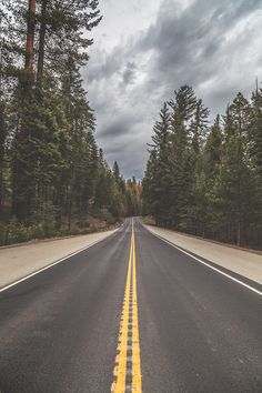 Follow yellow lines by Andrés Nieto Porras | the open road | Fantasy Road Trip | Road Trip | Road | Road photo | on the road | drive | travel | wanderlust | landscape photography | Schomp MINI