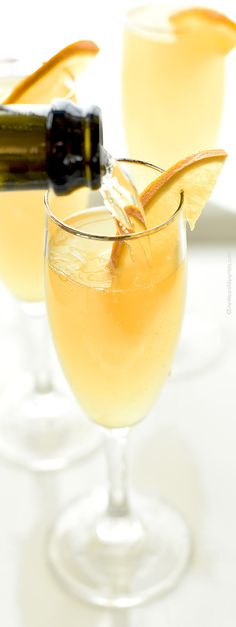 A Mimosa is a delicious way to start leisurely brunch. This simple yet gorgeous cocktail is a splendid choice for any brunch gathering.