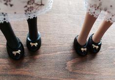 私達、靴もお揃いでめっちゃ仲良し♥︎ #でこニキ