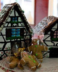 #Dulcesdemiel de Omi Gretchen. #casasdemiel #galletasdemiel #honigkekse #elranco #osorno #valdiviacl #launion #deutschebäckerei #backstube #reposteriaalemana #backen #weihnachten #reposteriasana #foodporn #foodtravel #foodies